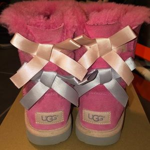 Pink Ugg boots Bailey Bow